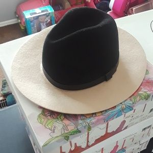 H&M Hat Size: Medium 5/6